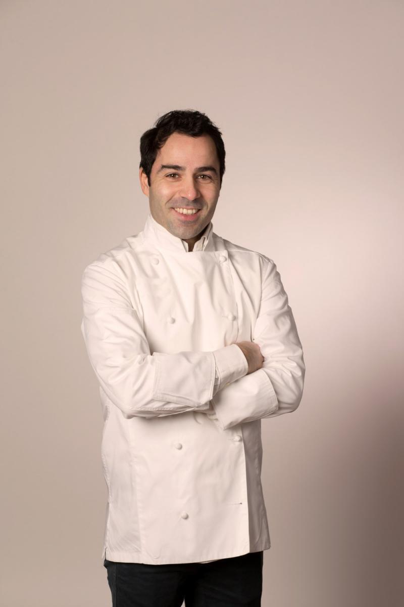 Un nouveau chef pour seconder andr as mavrommatis paris for Recherche chef de cuisine paris
